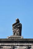 Statue on Cadeia da Relação