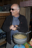 Titi à échangé sa lampe frontale par les lunettes de Ray Charles