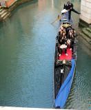 touristes en gondole-20916.jpg