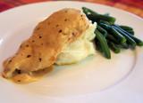 chciken with creamy mustard sauce