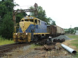 GP16 BB #9 leads their train through the wye at Gordonsville.