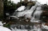 Mid Windy Creek Snowy Water Scene tb0111lkr.jpg