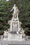 Statue of Mozart 02