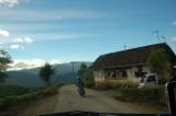 suasana pinggir jalan menuju Cisewu