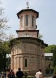 Manastirea dintr-un lemn