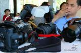 ano kayang camera pwede kong gamitin habang kumakanta si parc...