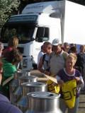 Ontbijt/Lunch wordt uitgereikt in Egmond aan Zee