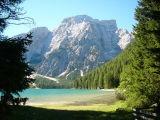 Pragser Wildsee/Lago di Braies (op de achtergrond Seekofel/Croda del Becco)