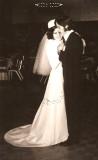 Tita y yo bailando en nuestra boda.jpg