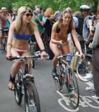 London world naked bike ride 2010 _0020a.jpg