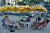 Zurueck an der Boa Viagem in Recife: Eckhart mit Herbert und Ivan    P1020312.JPG