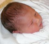 Cerys aged 2 days