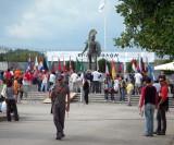 King Leonidas statue at the finish line
