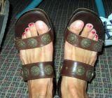 Lisa's feet
