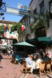 Restaurants Along La Arcada