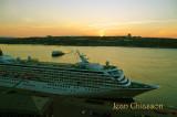 CRYSTAL SYMPHONY ( Pavillon ) Bahamas /  Passagers 1,010  & Ferry Québec- Levis