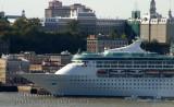 Enchantment of the Seas 2,446 Passengers Port de of Québec