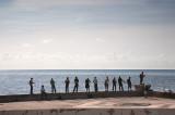 Pescando en El Malecón (La Habana)