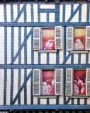 Windowsills with tricky secrets...