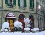 Swirling snow, dancing snow...