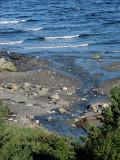 ruisseau contre vagues