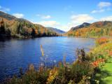 petit lac sur la Jacques Cartier