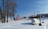 le phare rouge du chantier maritime