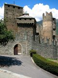 Fénis,  l'entrée du château