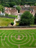 Chartres,  le jardin labyrinthe