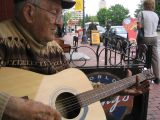 2 chords country man (Moncton-Canada)