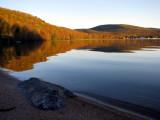 lac à l'aube