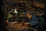 Repairman violin.