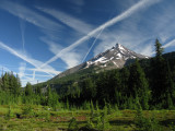 Damn jet trails over Mt Jefferson!!
