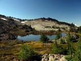 Unnamed lake along trail to Park Ridge
