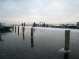015 - Loosdrecht: sfeerbeeld van de jachthaven van de (ijs-) eend