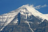 6765 Mount Robson close-up.jpg