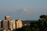 7068 Mt Rainier from Seattle.jpg