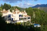 8509 Luxury House above San Pedro.jpg