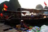 2239 Seller Boat Halong.jpg