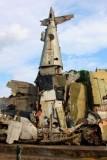 2563 War sculpture Hanoi.jpg