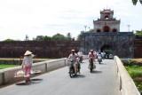 2632 Entering Hue Citadel.jpg