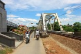 2781 Bridge over Perfume River.jpg