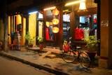 2819 Suit shop Hoi An.jpg