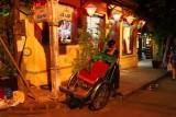 2825 Rickshaw man Hoi An.jpg