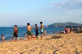 3064 Locals Nha Trang Beach.jpg