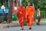3532 Monks Phnom Penh.jpg