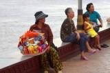 3577 Riverside locals Phnom Penh.jpg