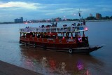 3691 Boat on Tonle Sap.jpg