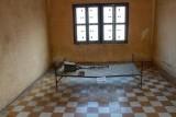 3776 Prison cell Tuol Sleng.jpg