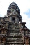 3922 Corner tower Angkor.jpg